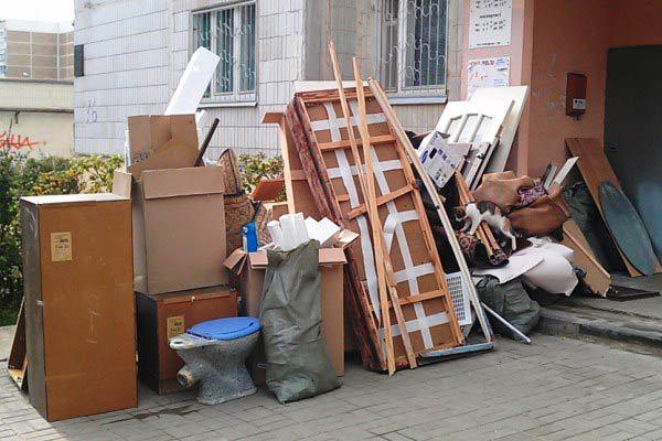Вывоз мусора из квартиры. Ньюансы и советы
